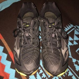 Women volleyball shoes